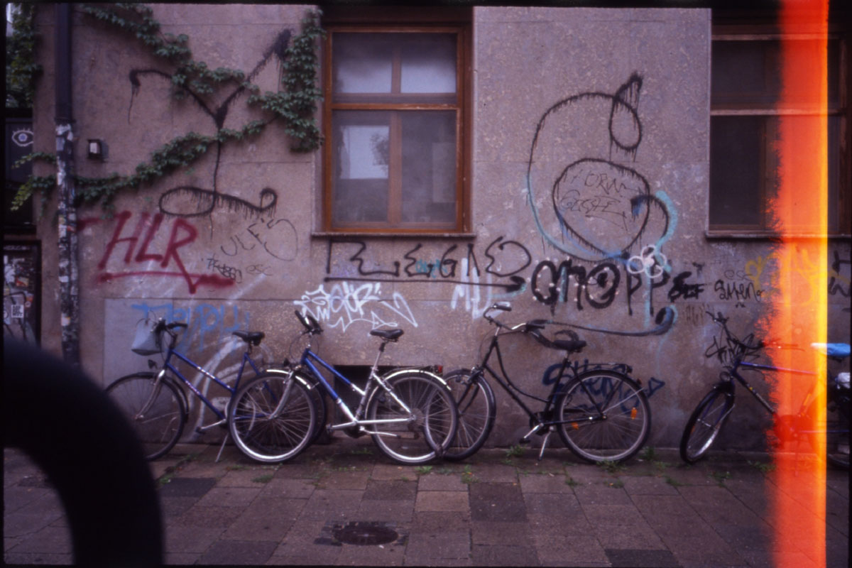 Rainy Munich colored with Provia 400F and Ricoh GR1s (iii)