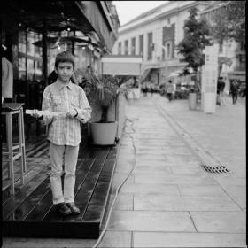 posing-kid-geneva