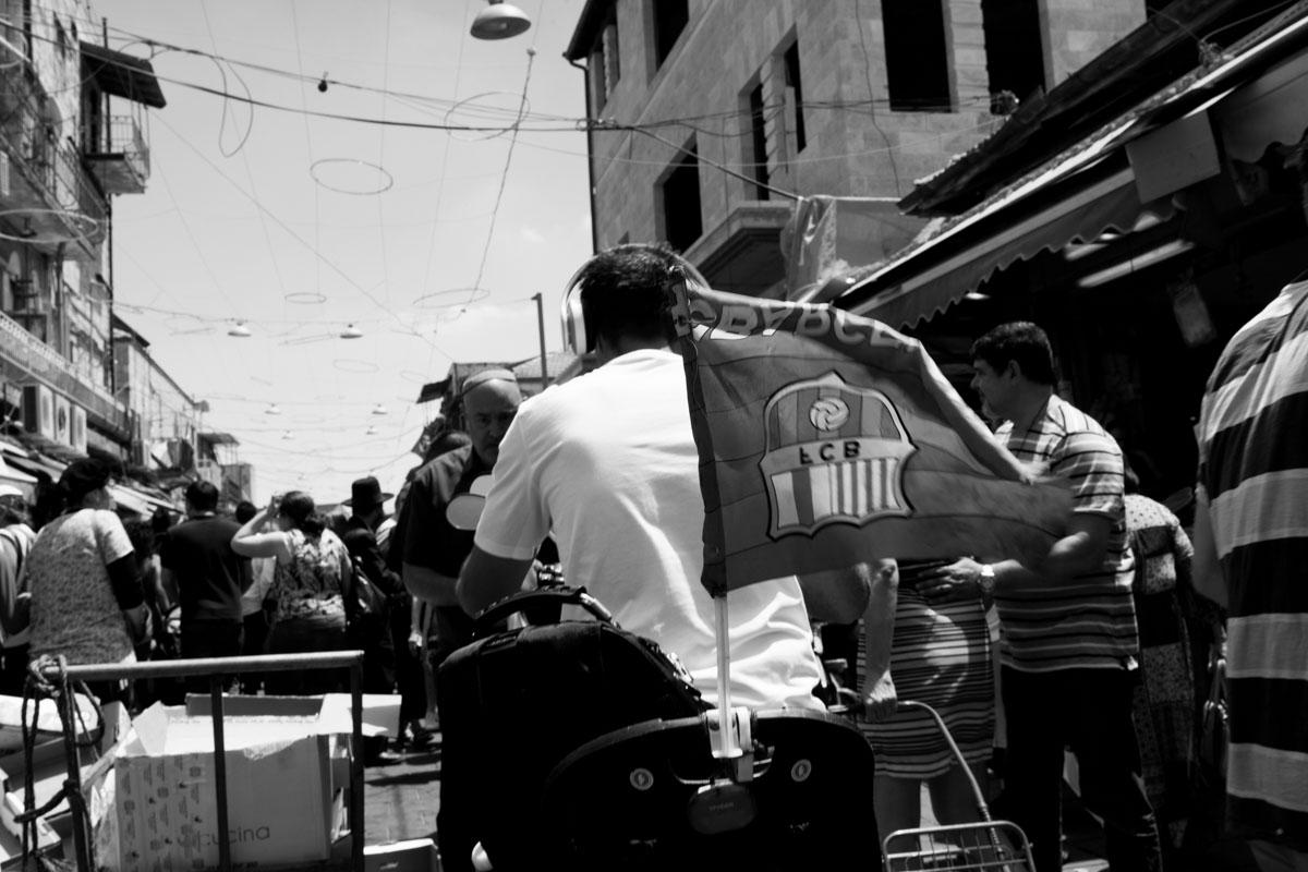 Friday walk through Mahane Yehuda market in Jerusalem iv